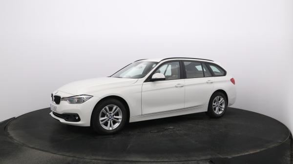 BMW 320 JLE-438