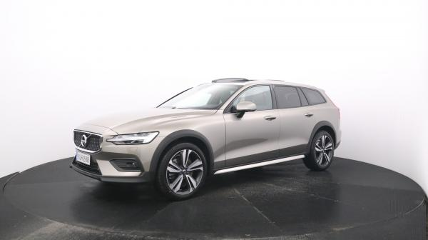 Volvo V60 Cross Country KUH-288