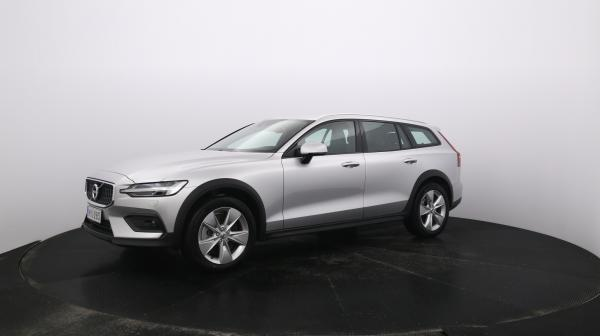 VOLVO V60 Cross Country MYU-283