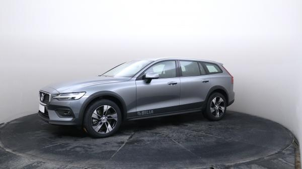 VOLVO V60 Cross Country MYU-284