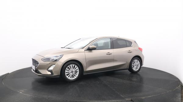 Ford Focus ZMB-745
